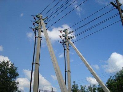Три електроопори стали жертвами вантажівки на Херсонщині